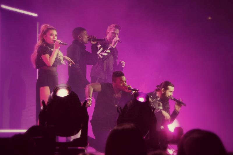 BWW Review: PENTATONIX WORLD TOUR at American Airlines Center