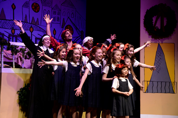 Macy Idzakovich, Jeff Gorcyca, Lisha McKoy, Sophie Knapp and The Cast of Madeline's C Photo
