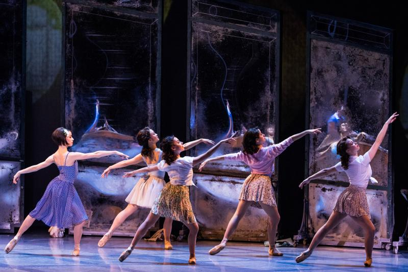 BWW Feature: Dancing Full Circle with Alexandra Pernice of AN AMERICAN IN PARIS