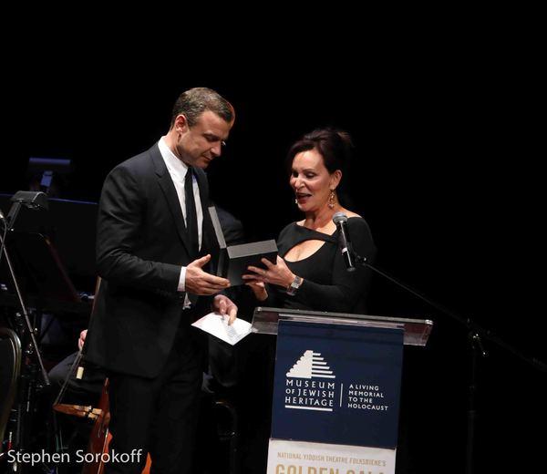 Liev Schreiber & Ruth Bielski Ehrreich