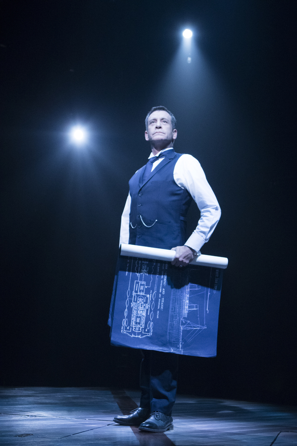 Photo Flash: All Aboard! First Look at Signature Theatre's 360-Degree Staging of TITANIC