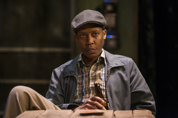 Photo Flash: First Look - EAST TEXAS HOT LINKS Extends at Writers Theatre; Eugene Lee to Stop By!