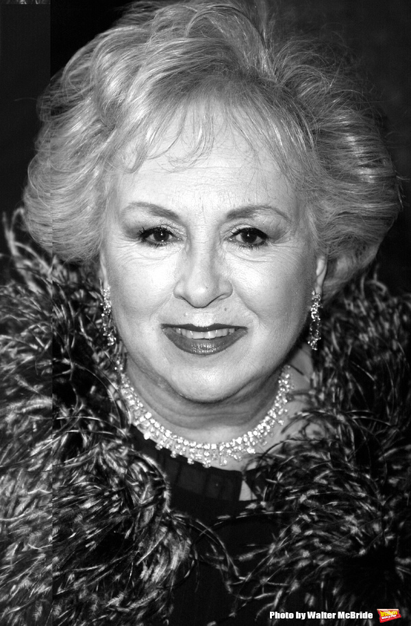 Doris Roberts  Photo