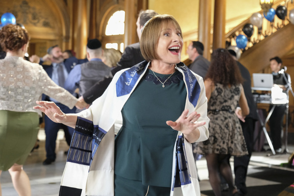 Photo Flash: L'Chaim! Patti LuPone Guest Stars as Rabbi in CRAZY EX-GIRLFRIEND