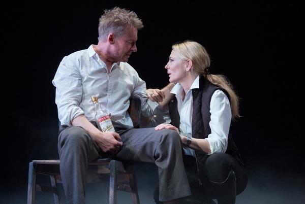 Richard Roxburgh, Cate Blanchett Photo