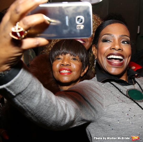 Melba Moore and Sheryl Lee Ralph Photo