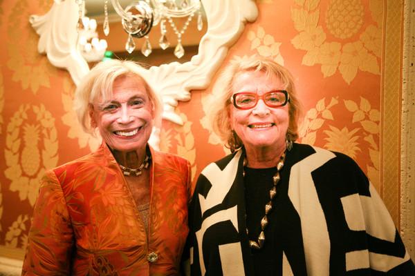 Bobbi Horwich, Carol Roberts