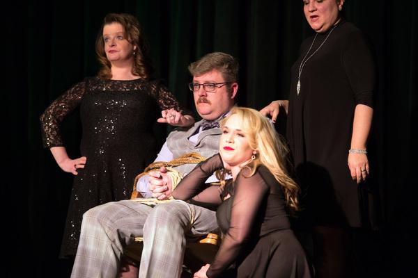 Mary Ellen Smith, Matt Smith, Katie Hahn and Memory Strong-Smith Photo