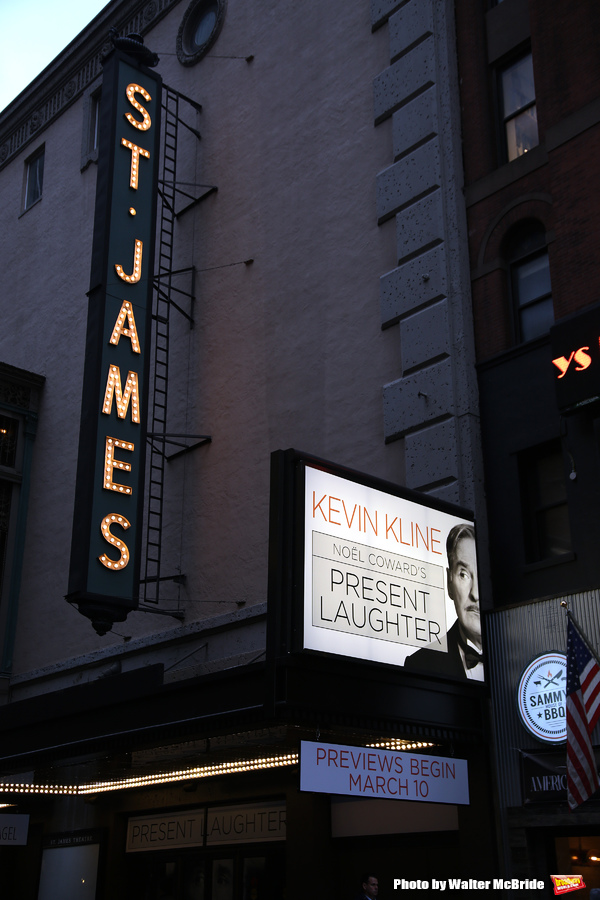 'Present Laughter' starring Kevin Kline
