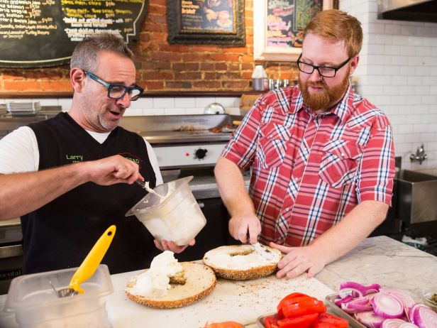 Food Network Orders 13 Additional Episode of New Series GINORMOUS FOOD