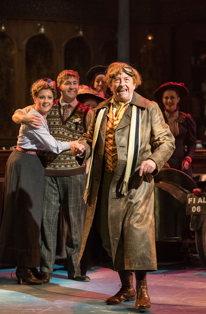 BWW Interview: Ian Bartholomew Talks HALF A SIXPENCE