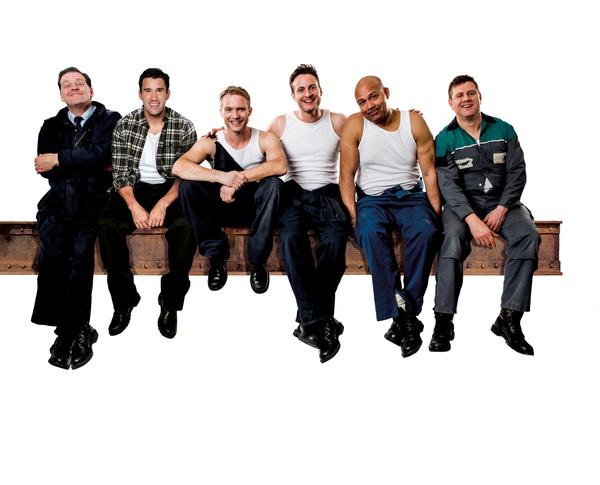 Andrew Dunn, Anthony Lewis, Chris Fountain, Gary Lucy, Louis Emerick, Kai Owen Photo