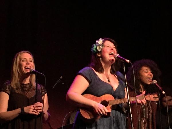 Haven Burton, Lauren Elder, Maya Sharpe Photo