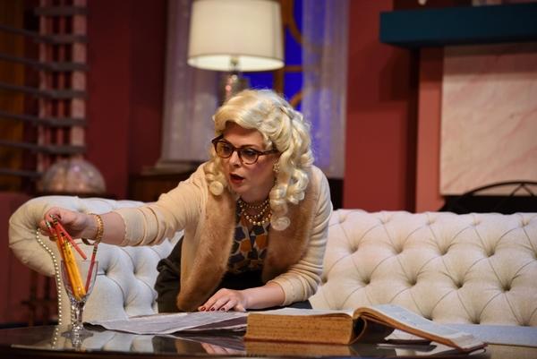 Lara Hayhurst stars as Billie Dawn