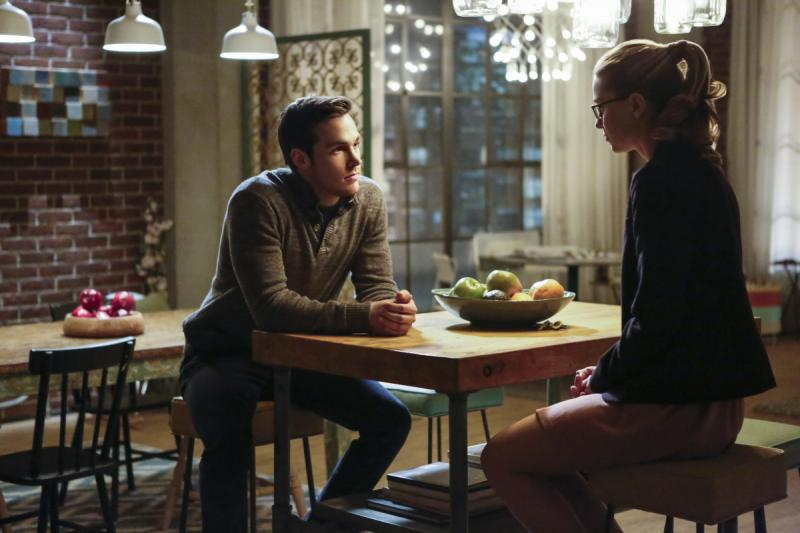 BWW Recap: SUPERGIRL Fights Livewire Again