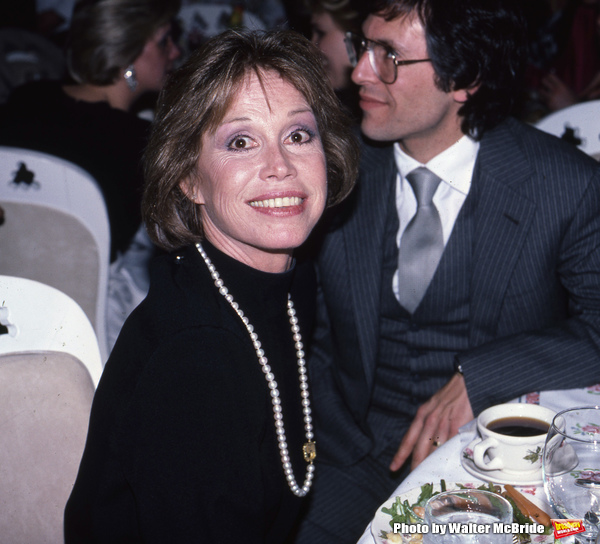 Mary Tyler Moore with Dr. Robert Levine on February 15, 1986 in New York City.