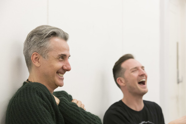 Jonathan Butterell, Dan Gillespie Sells