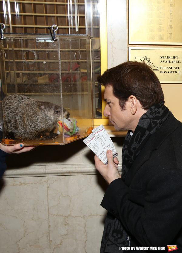 Photo Coverage: Staten Island Chuck Helps Andy Karl & GROUNDHOG DAY Company Open the Box Office!