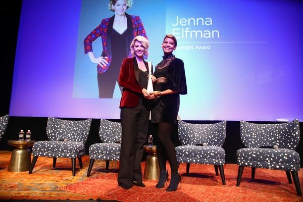 Audra Price-Pittman and Jenna Elfman