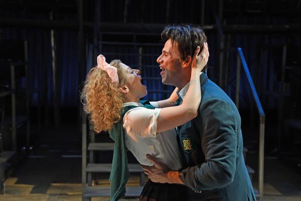 Rebecca Gibel as Hermia and Daniel Duque-Estrada as Lysander