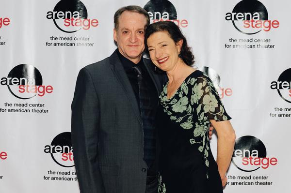 Andrew Long (Kurt Müller) and Lise Bruneau (Sara Müller)