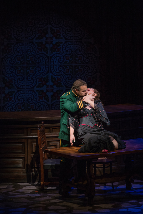 Flash: First Look at Lyric Opera of Chicago's CARMEN