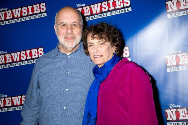 Bob Tzudiker, Noni White