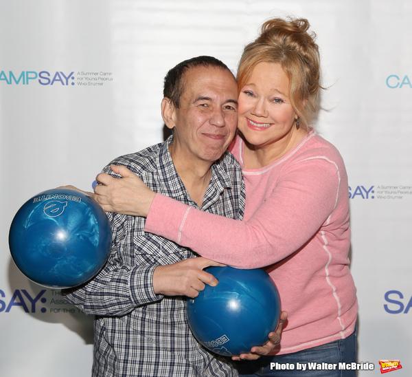 Gilbert Gottfried and Caroline Rhea  Photo