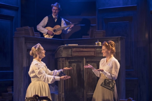 BWW Interview: Actress Amy Morgan Talks TRAVESTIES