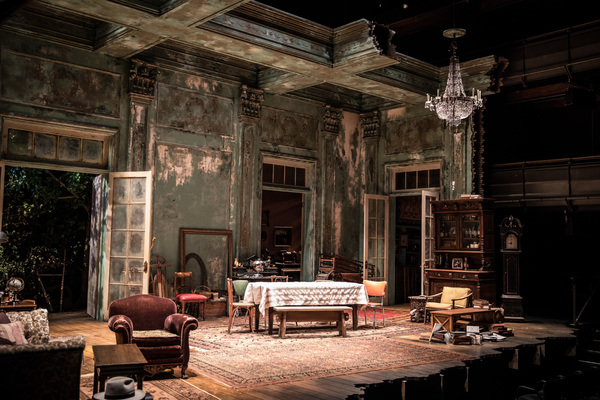 Set design by Todd Rosenthal