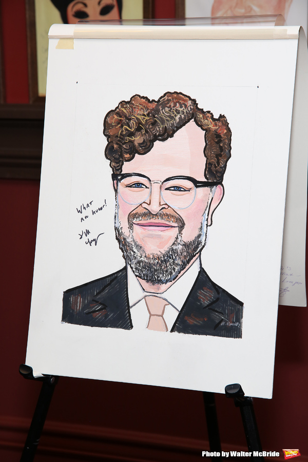 Photo Coverage: Kenneth Lonergan Heads to Sardi's for Caricature Unveiling