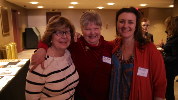 Carmel Owen and Lisa Rothe with Mari Lyn Henry