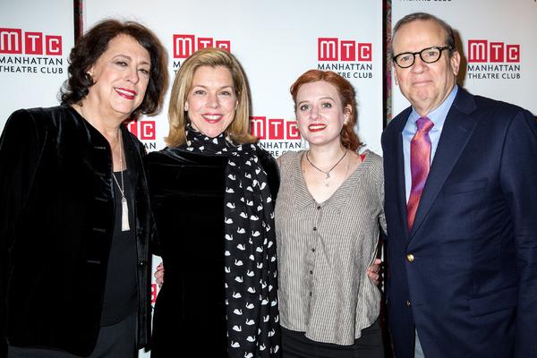 Lynne Meadow, Janie Dee, Penelope Skinner, Barry Grove Photo