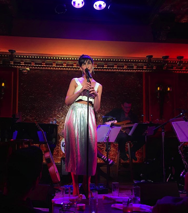 BWW Review: Nikka Graff Lanzarone Steps into the Spotlight, Paying Tribute to Her Role Models in HERO WORSHIP at Feinstein's/54 Below