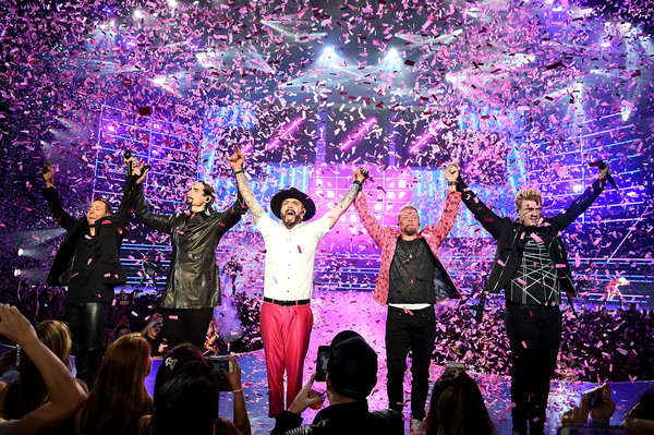 Howie Dorough, Kevin Richardson, AJ McLean, Brian Littrell and Nick Carter Photo