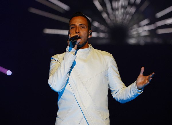 Photo Flash: Backstreet Boys Are 'LARGER THAN LIFE' at Planet Hollywood