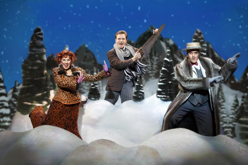 BWW Review: Quirky Musical Farce GENTLEMAN'S GUIDE Kills at OC's Segerstrom Center