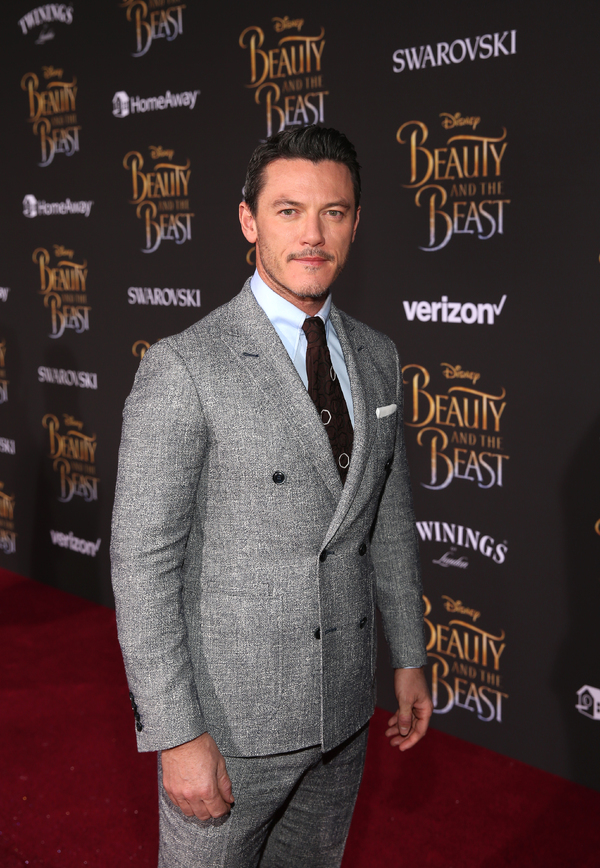 Photo Flash: BEAUTY AND THE BEAST Cast Hit Red Carpet for World Premiere