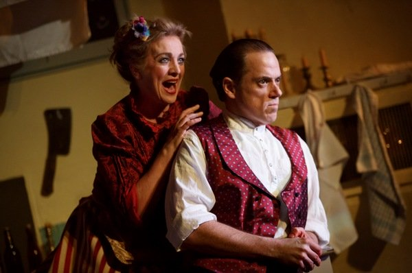 BWW Review: Demon Barber Moves To Barrow Street In An Intimate SWEENEY TODD
