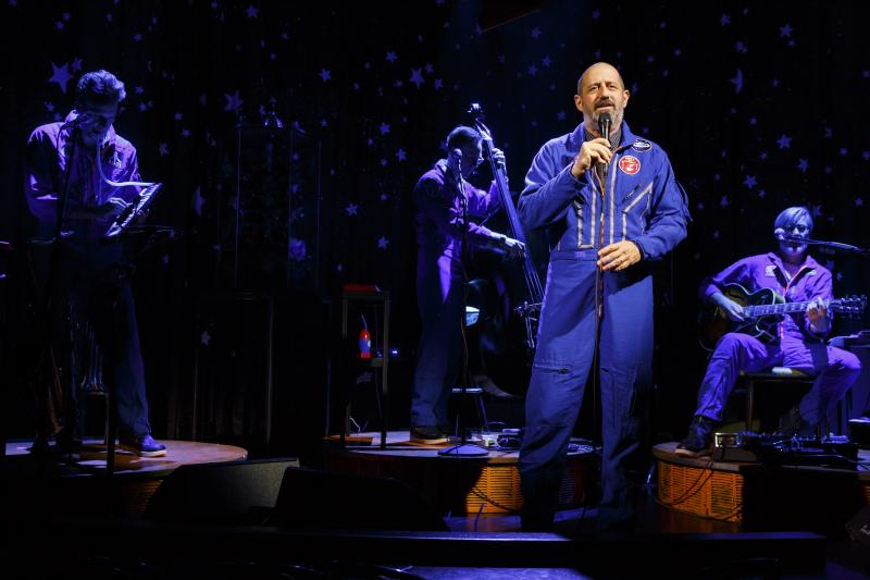 BWW Review: Ethan Lipton's THE OUTER SPACE Seeks Suburbia Orbiting Mercury