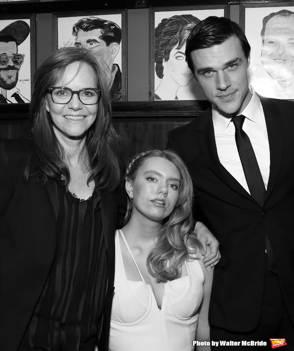 Photo Coverage: THE GLASS MENAGERIE Cast Celebrates Opening Night!