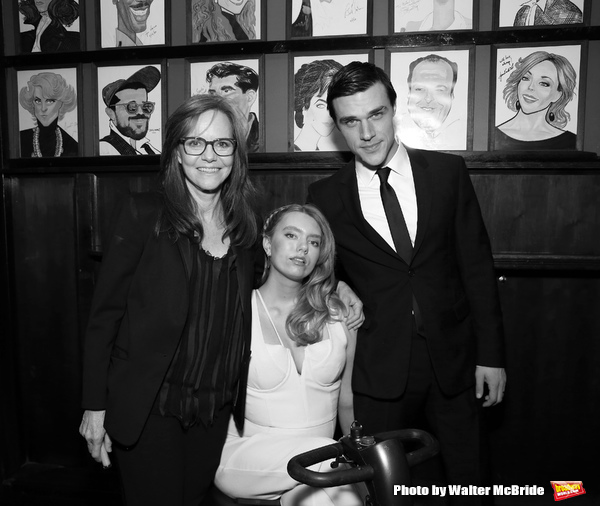 Sally Field, Madison Ferris and Finn Wittrock