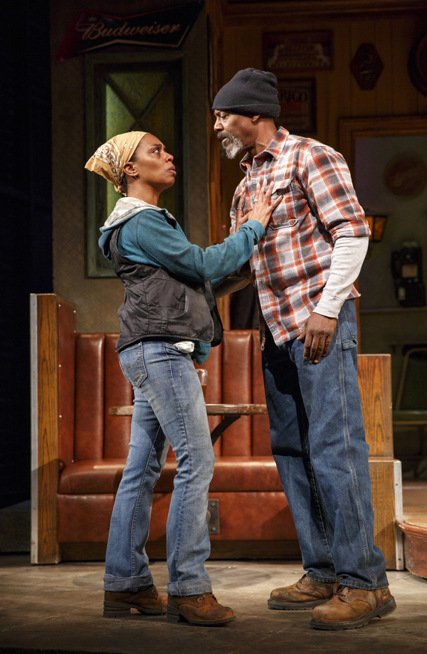 Michelle Wilson as Cynthia and John Earl Jelks as Brucie. Photo by Joan Marcus