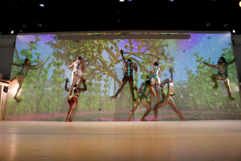 BWW Review: Not Man Apart's PARADISE LOST: RECLAIMING DESTINY Viscerally Recreates The Fall of Man