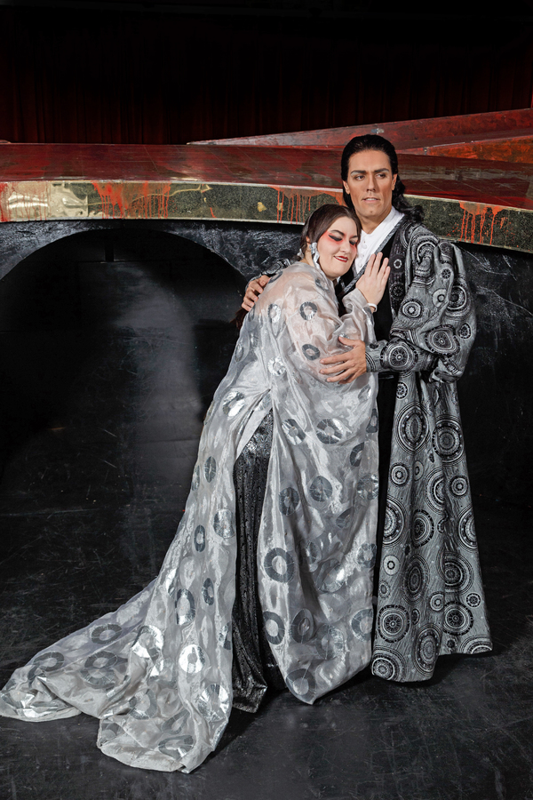 Alexandra Loutsion and Thiago Arancam