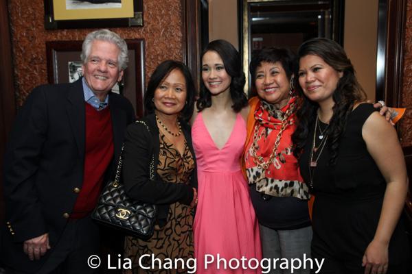 Bob Ewoldt, Leah Ewoldt, Ali Ewoldt, Thelma Reyes, Liz Casasola  Photo