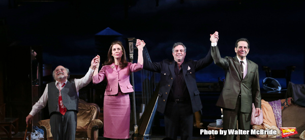 Danny DeVito, Jessica Hecht, Mark Ruffalo and Tony Shalhoub