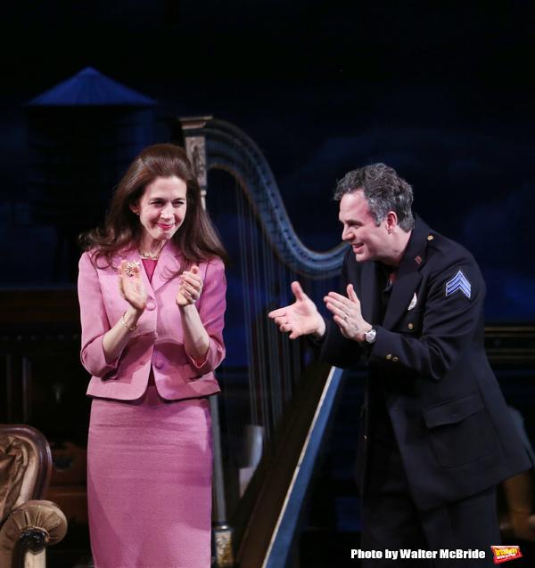 Jessica Hecht and Mark Ruffalo