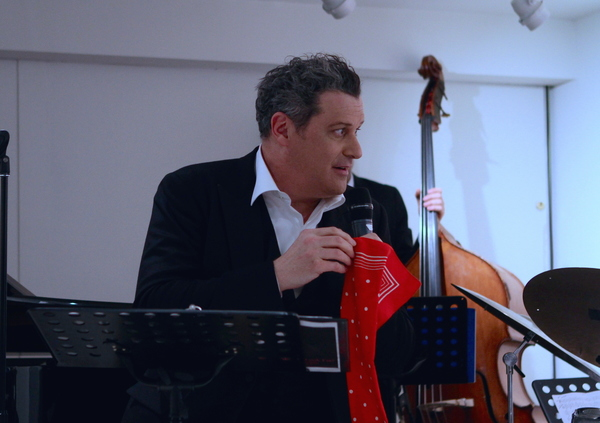 Photo Flash: Isaac Mizrahi and the Ben Waltzer Quartet Perform for 'Works & Process' at the Guggenheim