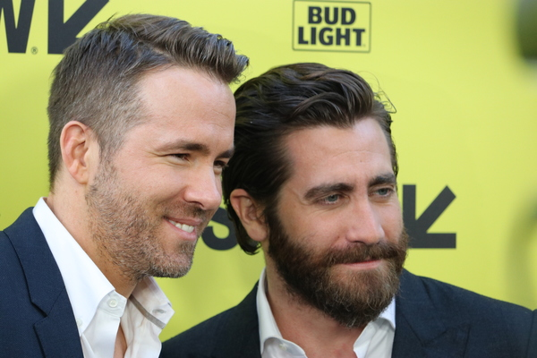 Ryan Reynolds and Jake Gyllenhaal Photo